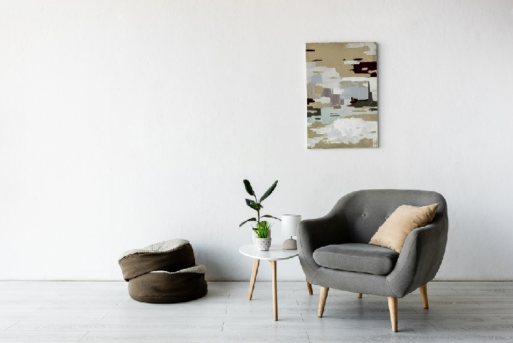 """Best Living Room Chairs for Back Pain6"""" width=""""720"""" height=""""481"""" srcset=""""https://chairthrone.com/wp-content/uploads/2019/02/Best-Living-Room-Chairs-for-Back-Pain.jpg 720w, https://chairthrone.com/wp-content/uploads/2019/02/Best-Living-Room-Chairs-for-Back-Pain-300x200.jpg 300w"""" sizes=""""(max-width: 720px) 100vw, 720px"""