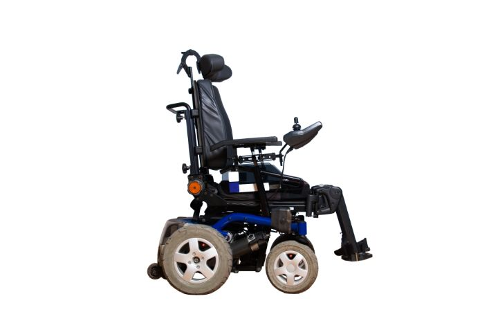 Best Power Wheelchairs for Outdoor Use